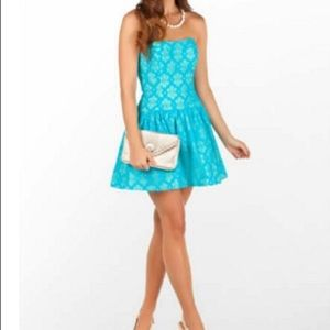 Lilly Pulitzer Dresses - Lilly Pulitzer Tenley Dress lace Strapless Mini